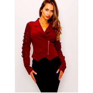 Burgundy Top Size Large